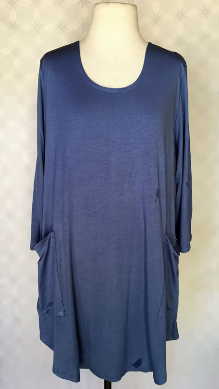 3/4 Sleeve Front Pocket Tunic Top - Solid Blue